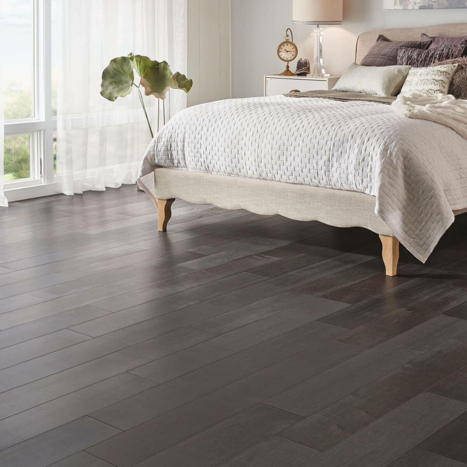 solid-or-engineered-hardwood | Total Flooring Source